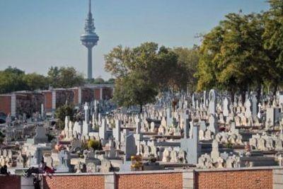 http://www.funerariadeguardia.com/almacen/noticias/img_cementeriomadrid.jpg