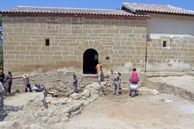 http://www.funerariadeguardia.com/almacen/noticias/img_n_63_necropolis_funeraria_de_guardia_tanatorio.jpg